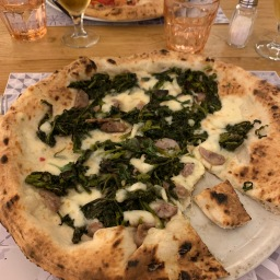 Napoli – home of pizza …and friarielli